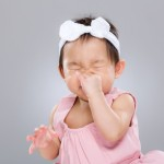 鼻のむずむずは病気?医師が教えるアレルギー性鼻炎について